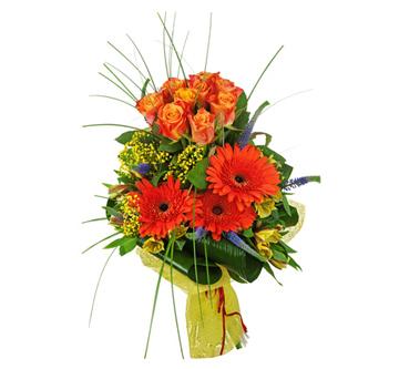 זר פרחים 79