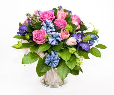 זר פרחים 62