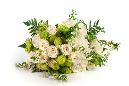 זר פרחים 12